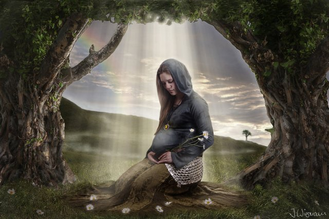 pregnant_elf_by_joelwiesmann-d2xlu4e